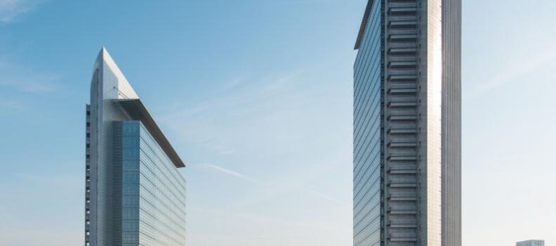 Börsenzeitung: Blackstone kauft Frankfurter Wahrzeichen