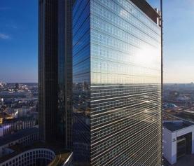 Schroders Joint Venture kauft Pollux-Hochhaus in Frankfurt